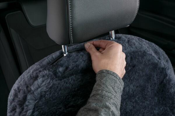 Autositzbezug Shauna Doppelkappenfell aus Lammfell anthrazit mit ZIPP IT System