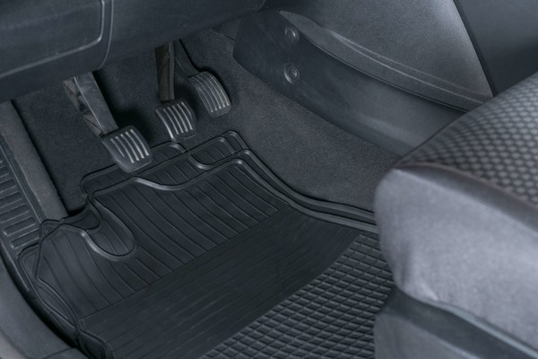 Auto Gummifußmatte Easyfit 4tlg. Gr. 1