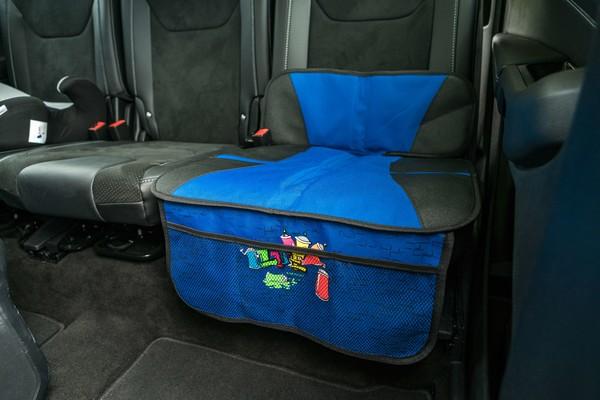 Kindersitzunterlage Graffiti blau