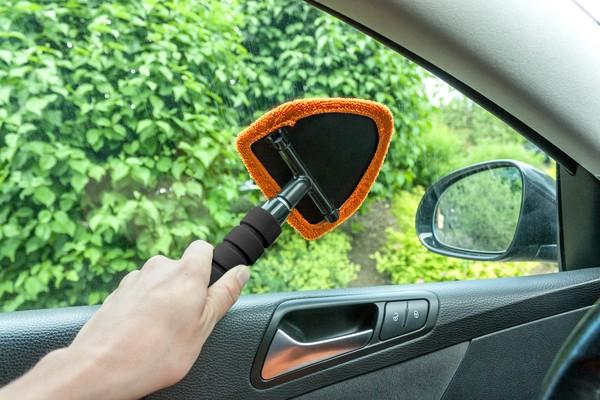 2in1 Autoscheiben Innenreiniger mit Eiskratzer