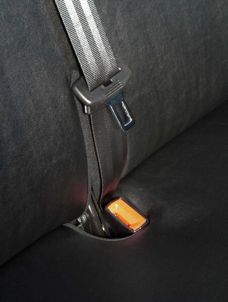 Sitzbezüge für VW T5 Doppelbank vorne aus Kunstleder umlegbar ab Baujahr 09/2009 - heute